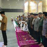 Presiden Jokowi jadi Imam Shalat Ashar