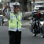 Bripka Seladi, Polisi Jujur yang Jadi Pemulung Sampah