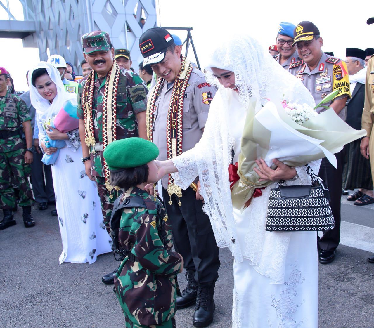Safari Ramadhan Kapolri Dan Panglima TNI Di Makorem 043