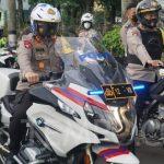 Pakai Moge, Kapolda Metro dan Kasdam Jaya Patroli Keliling Jakarta