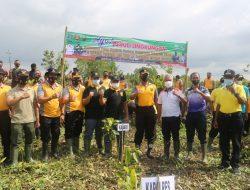 Polres Cilacap dan Instansi Terkait Tanam 5000 Pohon Mangrove