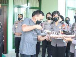 HUT TNI ke 76 Kapolda Sulut Sambangi Kediaman Pangdam Xlll/Merdeka